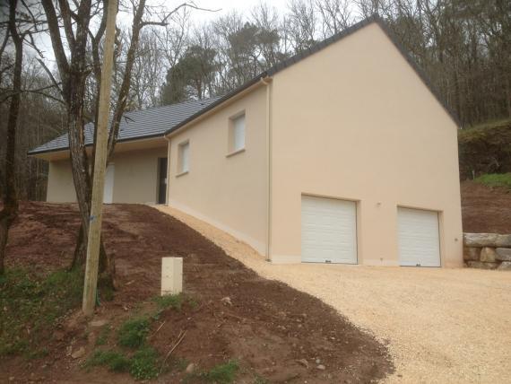 maison en V sur sous-sol, à Malemort Sur Corrèze