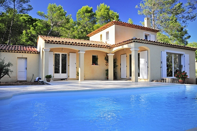 Construire une maison proven ale maisons france confort - Les maisons provencales ...