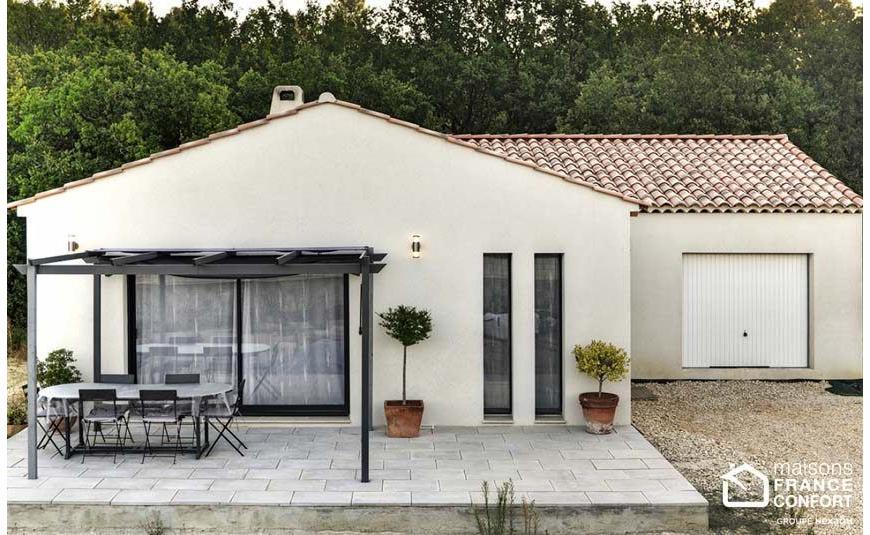 Maison proven ale maisons france confort - Deco maison provencale ...