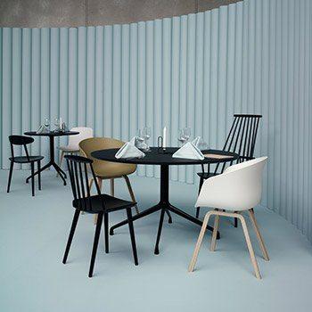 Chaises J77, J107 et About a Chair22, Hay design