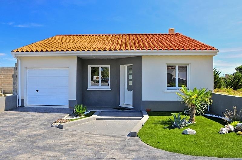 Faire construire une maison moderne maisons france confort for Budget construire sa maison