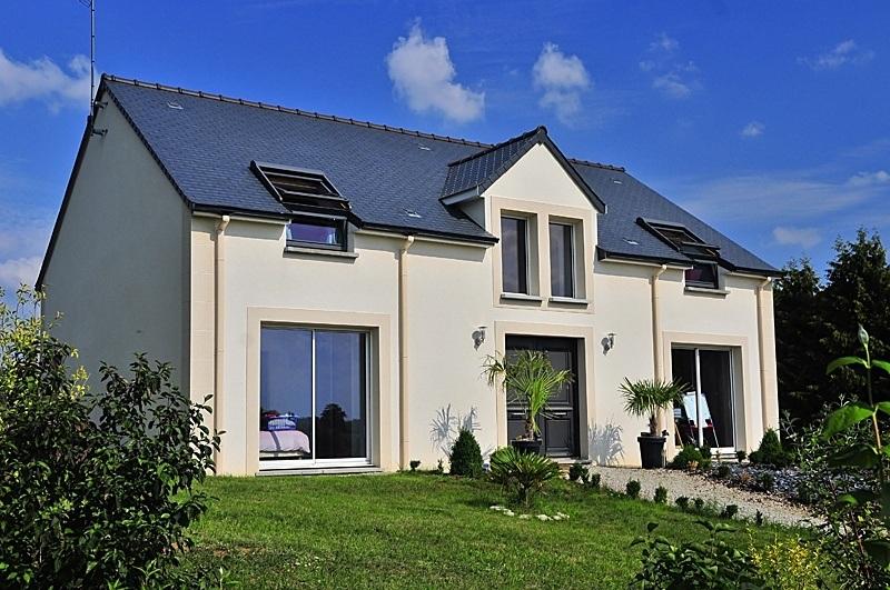 Faire construire une maison moderne maisons france confort for Construire une maison moderne