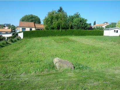 Terrain à vendre  à  Chaix (85200)  - 36015 € * : photo 1
