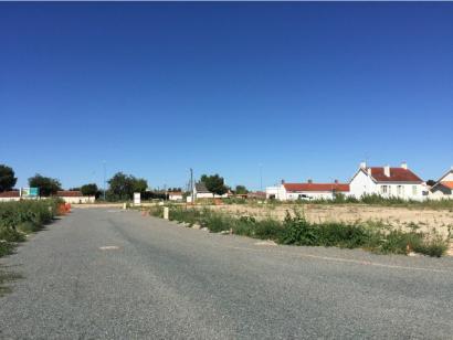 Terrain à vendre  à  Saint-Jean-de-Monts (85160)  - 58650 € * : photo 1