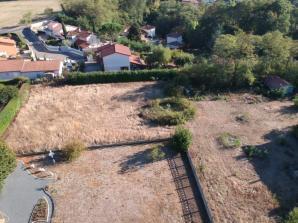 Terrain à vendre à Villefranche-sur-Saône (69400)<span class='prix'> 112800 €</span> 112800
