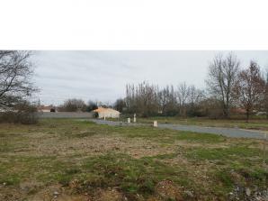 Terrain à vendre à Challans (85300)<span class='prix'> 59900 €</span> 59900