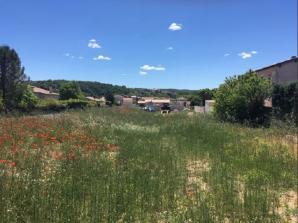 Terrain à vendre à Vinon-sur-Verdon (83560)<span class='prix'> 130000 €</span> 130000