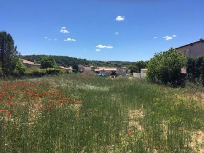 Terrain à vendre  à  Vinon-sur-Verdon (83560)  - 112000 € * : photo 1