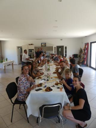 azur et constructions repas estival