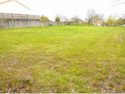 Terrain à vendre  à  Saint-Prouant (85110)  - 47700 € * : photo 1