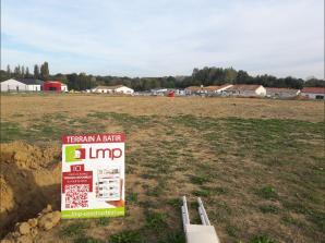 Terrain à vendre à Mesnard-la-Barotière (85500)<span class='prix'> 25800 €</span> 25800