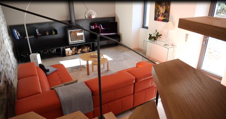 Rénovation d'une maison - Vue sur Salon - intégration cheminée / tv