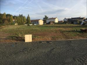 Terrain à vendre à La Roche-sur-Yon (85000)<span class='prix'> 44000 €</span> 44000