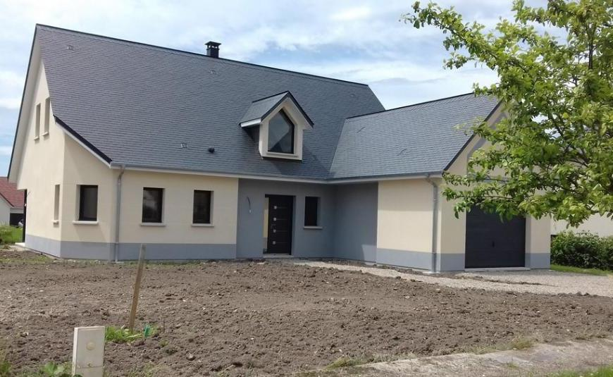 Nos réalisations de maisons à toits noirs