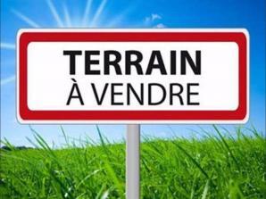 Terrain à vendre à Villaines-les-Rochers (37190)<span class='prix'> 51000 €</span> 51000