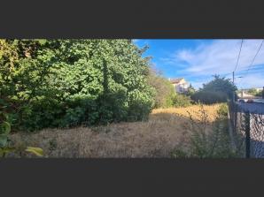 Terrain à vendre à Salon-de-Provence (13300)<span class='prix'> 138000 €</span> 138000