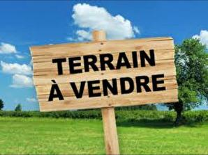 Terrain à vendre à Cherves-Richemont (16370)<span class='prix'> 55000 €</span> 55000