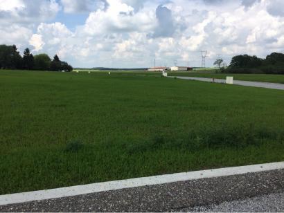 Terrain à vendre  à  Courcelles-Chaussy (57530)  - 63000 € * : photo 1