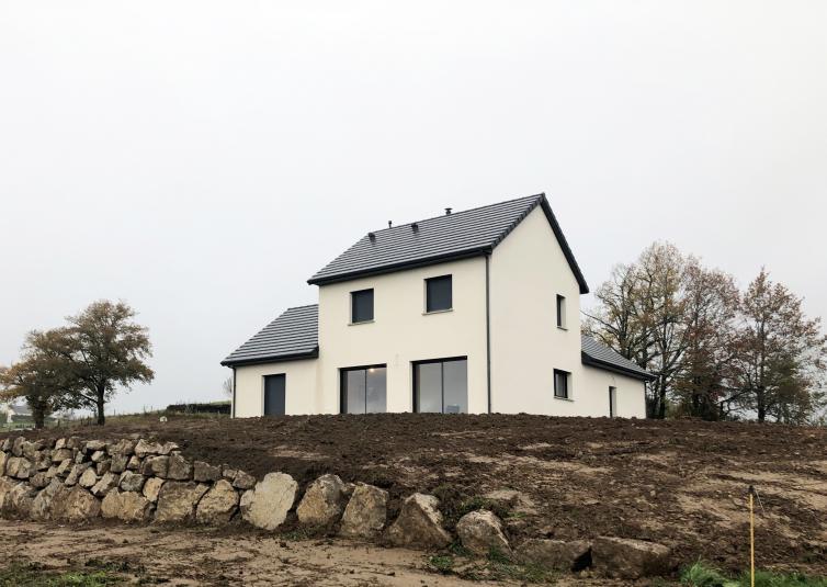 Maison à étage à Teissières les Bouliès