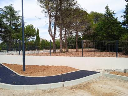 Terrain à vendre  à  La Bastide-des-Jourdans (84240)  - 125000 € * : photo 2