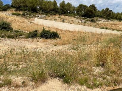 Terrain à vendre  à  Rognes (13840)  - 280000 € * : photo 1
