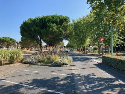 Terrain à vendre  à  Fontaine-le-Comte (86240)  - 110000 € * : photo 2